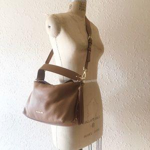 Michael Kors Leather crossbody Brooke